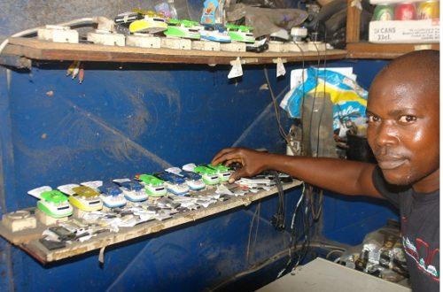 Article : Dans un bidonville de Cotonou, l'énergie électrique à 100 FCFA